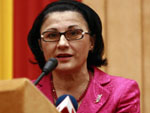 andronescu_roz.jpg